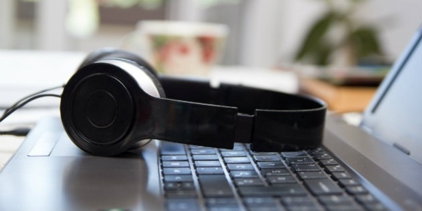 40509-HeadphonesdisqisS
