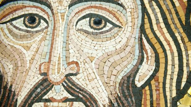 141111-moss-gospel-tease_zupzwq