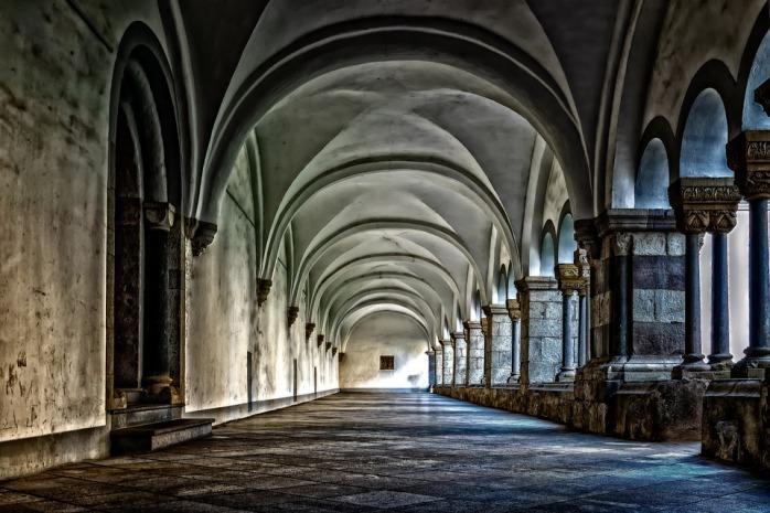 monastery-3130879_960_720
