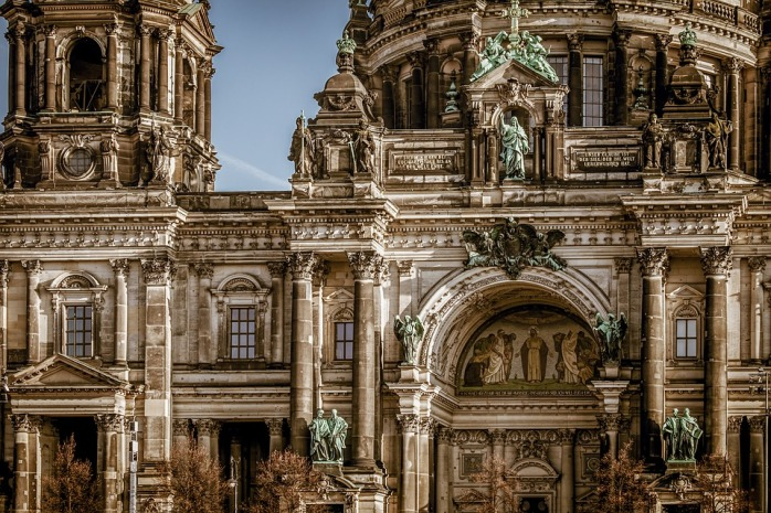 berlin-cathedral-3592874_960_720