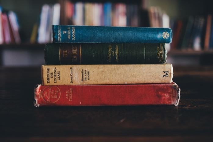 books-1246674_960_720